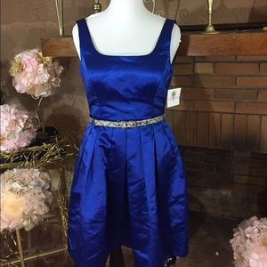 Donna Morgan Dresses & Skirts - Donna Morgan cocktail dress size 10