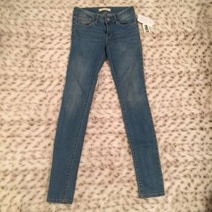 Bullhead Denim - NWT Bullhead sparkle Skinny light wash Jeans