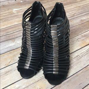 L.A.M.B. Shoes - CCO !! L.A.M.B Gwen Stefani Cage Stiletto Heels