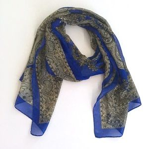 Silky Paisley Style Scarf