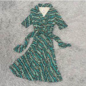 Suzi Chin Dresses & Skirts - Gorgeous Suzi Chin dress