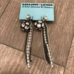 Harajuku Lovers Jewelry - Harajuku Lovers Black Silver Dangle Drop Earrings