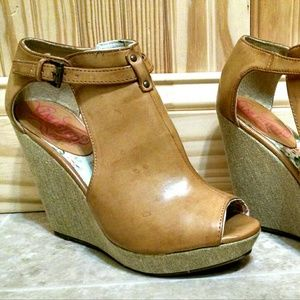 Tan leather wedge booties Unlisted by Kenneth Cole