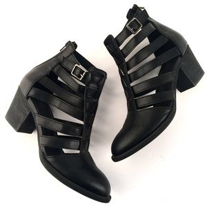 American Eagle Outfitters Shoes - American Eagle Booties