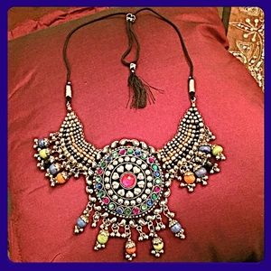✨HP✨Artisan Crafted Indian Celebration Necklace✨