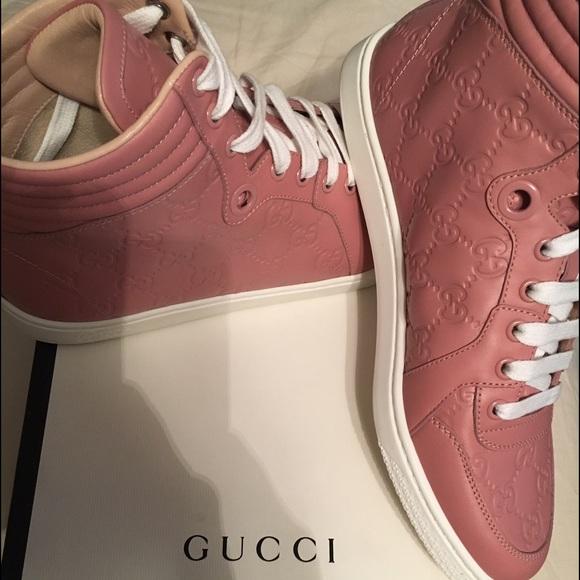 107aef9e87b6 Women mauve pink Gucci sneaker