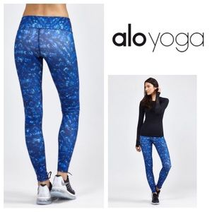 ALO Yoga Pants - NEW!  ALO Yoga Airbrush legging-kaleidoscope print