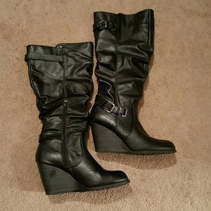 Sbicca Shoes - Black wedge boots
