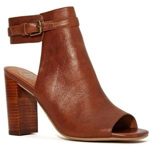 Jeffrey Campbell Shoes - Jeffrey Campbell Canal Heel