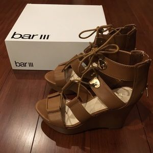 Bar III wedges lace up