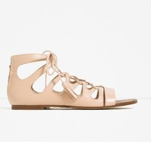 Zara 7.5 flat leather roman sandals.Mint condition