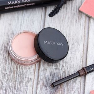 Mary Kay Other - ❗️1 LEFT Mary Kay Pale Blush Eye Shadow Cream