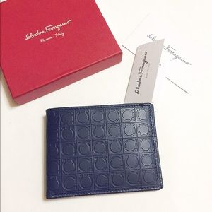 Ferragamo Other - NWT Auth Ferragamo men's leather billfold wallet