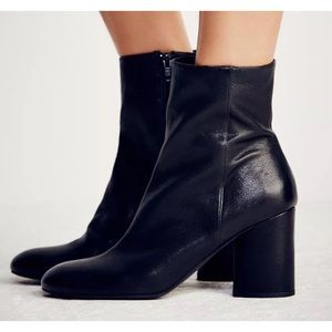 NEW In Box 7.5 Free People Black Leather Boots