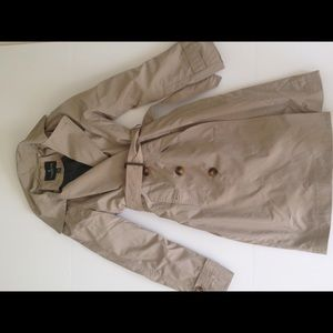 London Fog Jackets & Blazers - NWOT London fog trench coat sz small $165