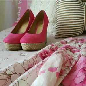 Gabriella Rocha  Shoes - NWOT SZ 7.5  Pink Suede Wedges Gabriella Rocha