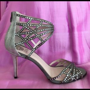 Vince Camuto silver party shoes 10 M /40