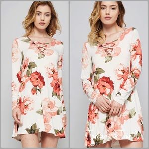 Threads & Trends Dresses & Skirts - Criss Cross Floral Tunic Dress