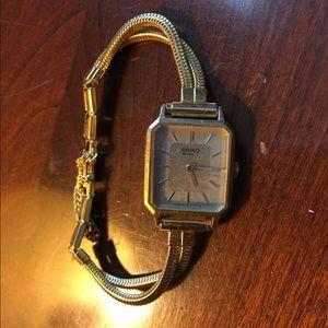 Seiko Accessories - Vintage seiko watch sz small