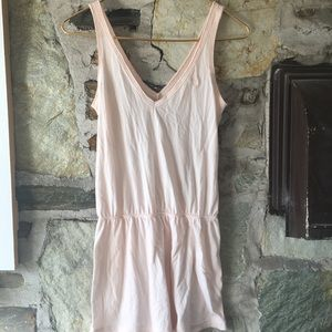 Abercrombie & Fitch Tops - Abercrombie & Fitch pink long tank. Sz xs