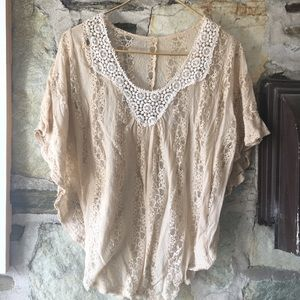 Tops - lace with white embroidered top, no tag, sug. med