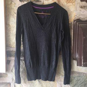 Nollie Sweaters - Nollie gray v neck sweater. Sz M