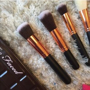 Too Faced Other - 10x brush set