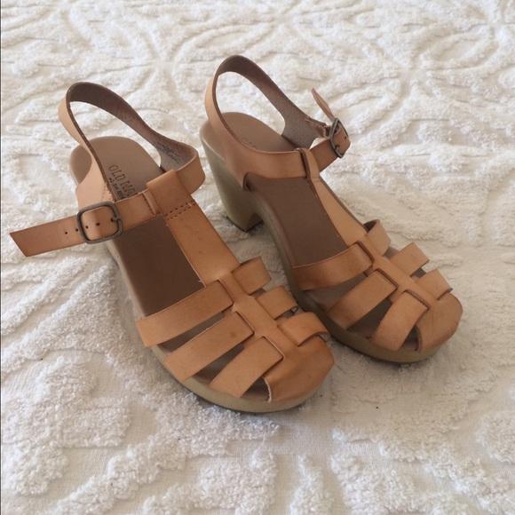 36edf45633550 Old Navy Shoes | Clog Sandals | Poshmark