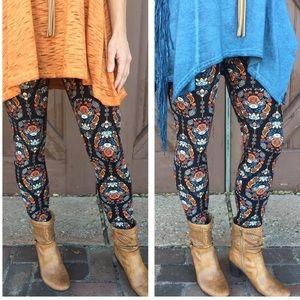 Infinity Raine Pants - Paisley Print Super soft leggings