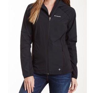 Columbia Softshell Hooded Jacket