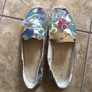 Soludos Shoes - Soludos tropical floral smoking slipper