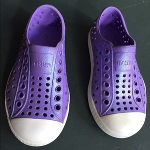 Native Other - Cute and Stylish Native Kids shoes in purpe