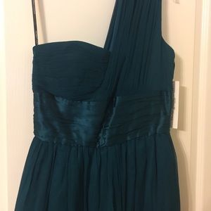 Maggy London Dresses & Skirts - MAGGY LONDON ONE SHOULDER DRESS NWT$158 SIZE10