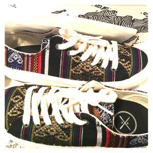 Brand New Inkkas Sneakers