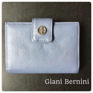 Giani Bernini Handbags - Giani Bernini Wallet