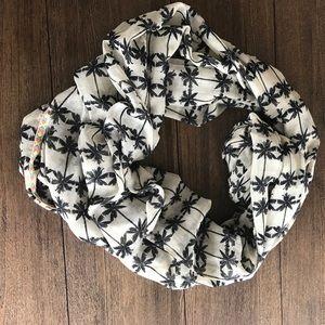 Palm Tree Print Circle Scarf