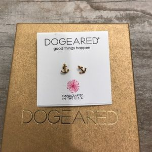 Dogeared Jewelry - Dogeared anchor stud earrings