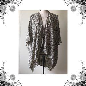 ELAN Other - ELAN Tribal Print Kimono Coverup