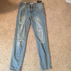 Boyfriend fit ripped jeans