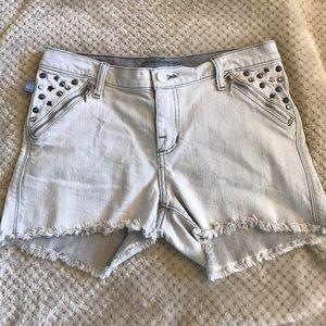 Rock & Republic Pants - Grayish White Rock & Republic Jean Shorts