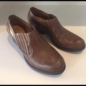 Nurture by Lamaze Shoes - 🎉3 for $20🎉Nurture shoes