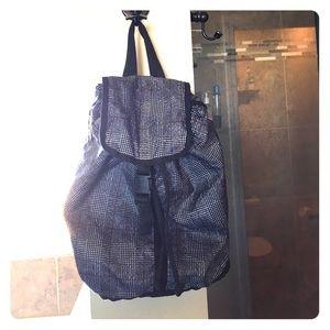 LeSportsac Handbags - Vintage LeSportSac Backpack Tote