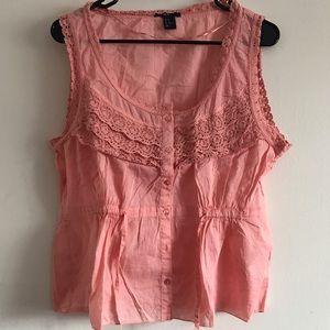 H&M crochet cotton top. NWOT. Size 16.