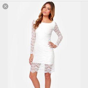 blaque label Dresses & Skirts - Blaque Label Lace Dress