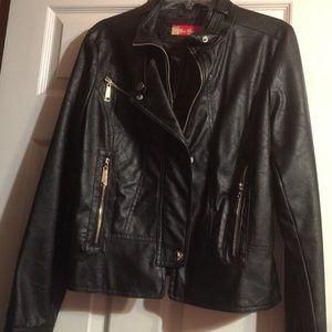 Apple Bottoms Jackets & Blazers - Women's Apple Bottoms Black leather jacket