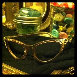 American Vintage Accessories - FREE when bundled Vintage 40's frames