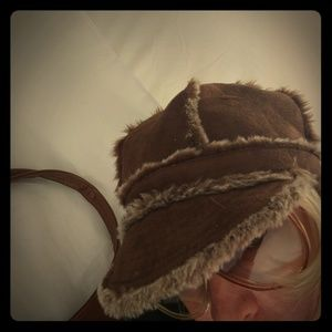 Betmar Accessories - Betmar faux suede brown fuzzy hat Boho style