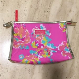 Lilly Pulitzer X Estée Lauder makeup bag