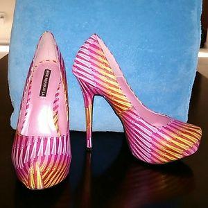 Shoe Republic heels 7?
