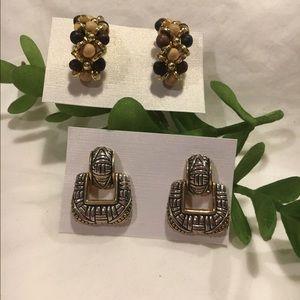 Bundle of 2 Pair Earrings